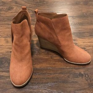 Lucky Brand Shoes - NWOT Lucky Brand Suede Booties